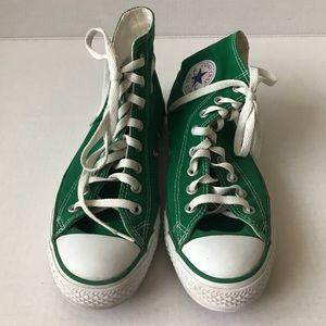 Green high top converse ⭐️